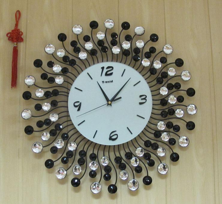 Часы на кухню своими руками из ложек 48