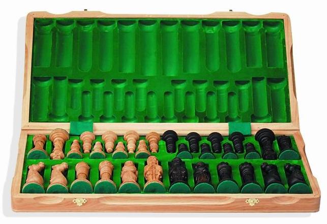 дубовые резные шахматы