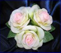 Подарки на 8 марта свечи парафиновые, свечки